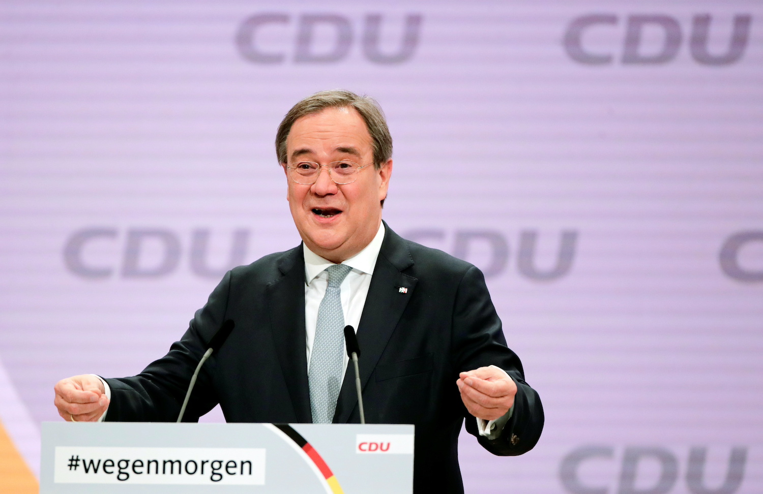 Merkel's party picks centrist successor