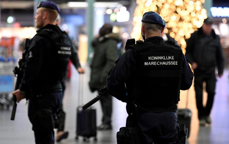 FILE PHOTO: Dutch police patrol at Amsterdam's Schiphol airport, Nov 6, 2019. (Reuters)