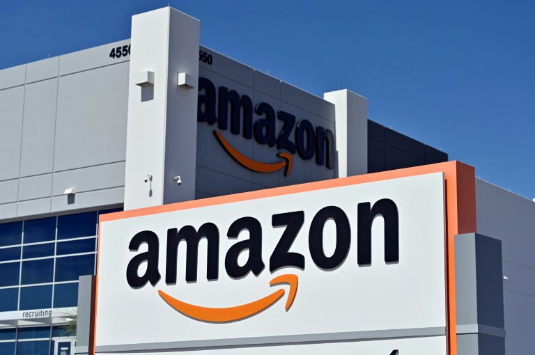There are no worker unions at E-commerce giant Amazon's facilities in the United States.