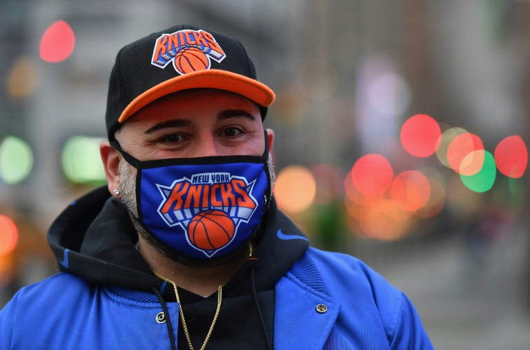 'It's where I need to be': Knicks fans return to Madison Square Garden