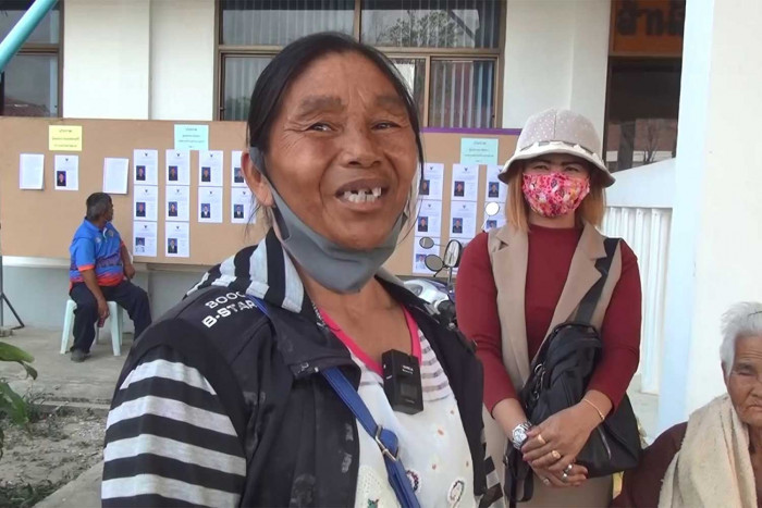 Buri Ram woman gets her identity back, after 12 years waiting
