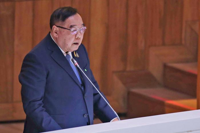 Prayut, Prawit disagree over candidates for cabinet reshuffle