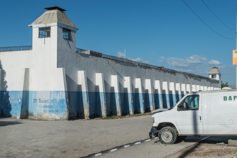 Haiti prison breakout leaves 25 dead as 400 escape: official