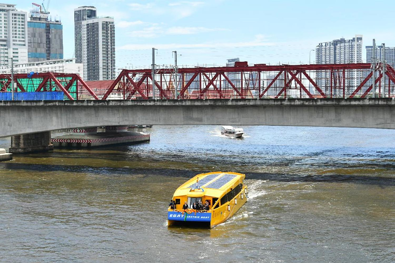 E-commuter boats to ply Chao Phraya