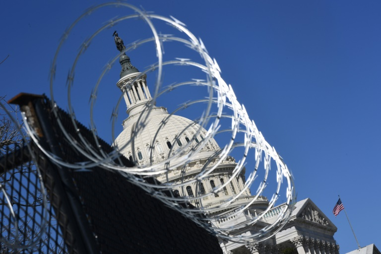 Heightened security: razor wire and fencing near the US Capitol