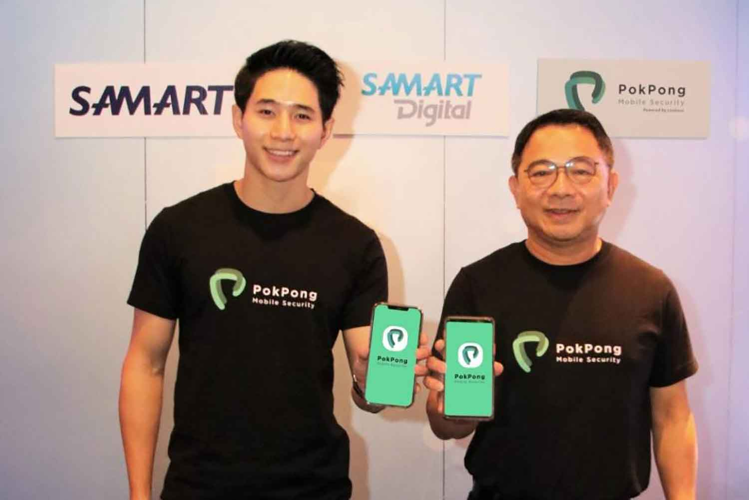 Mr Watchai, right, and Mr Ruttanun at the launch of mobile security app PokPong.