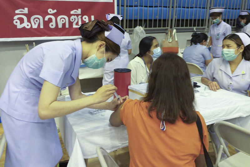 Covid-19 vaccination in Phuket on Thursday. (Photo: Achadtaya Chuenniran)