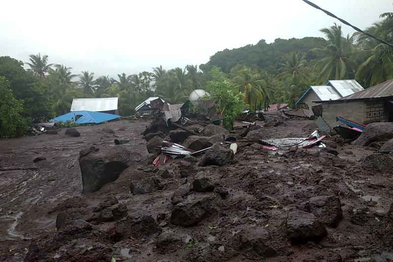 The aftermath of a flash flood in the village of Lamanele on East Flores on Sunday, where at least 23 people were killed and two were missing after early morning flash floods. (AFP PHOTO / Indonesian National Board for Disaster Management (BNPB))