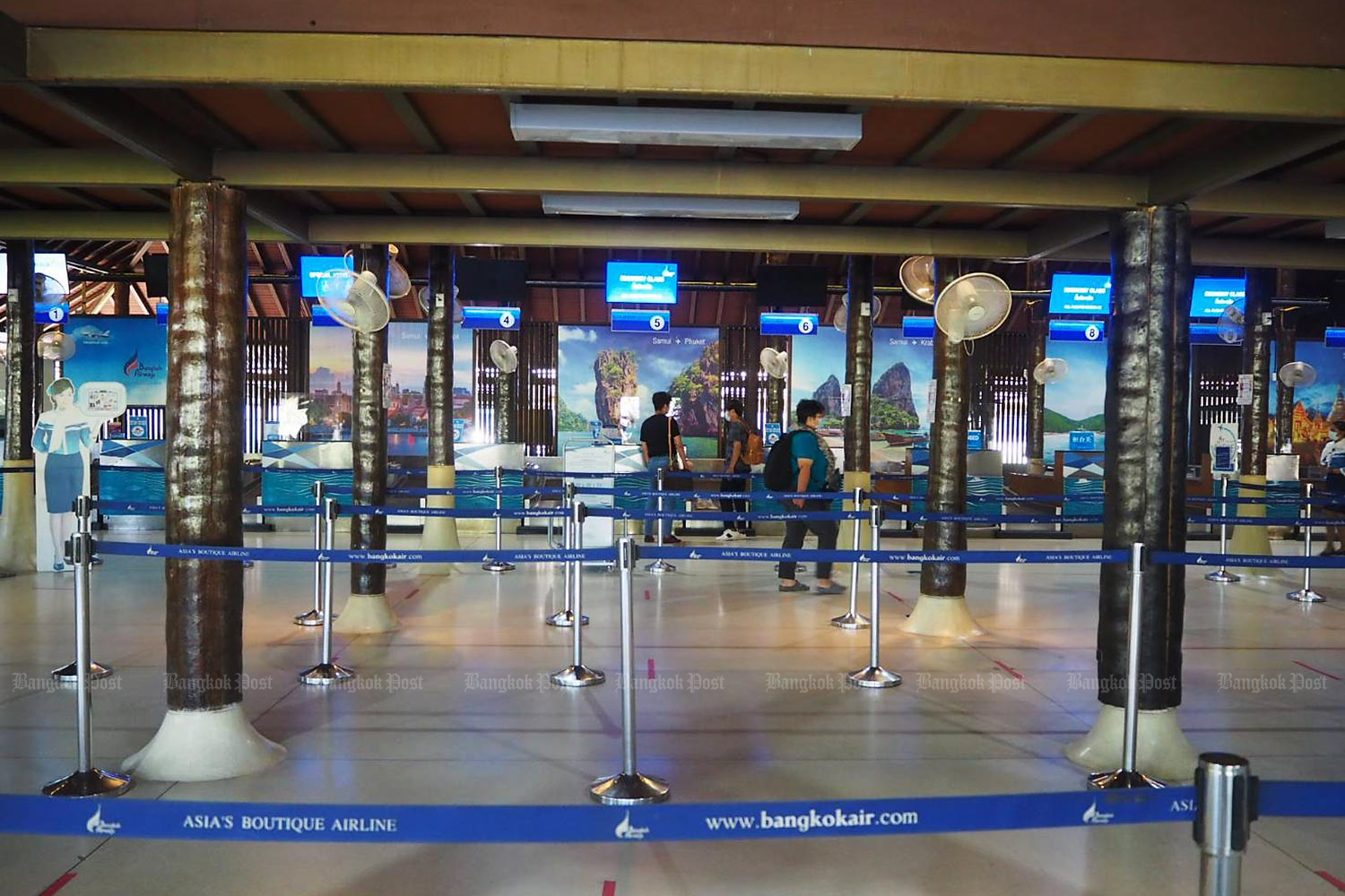 Samui airport, owned by Bangkok Airways, is nearly empty during the pandemic.(Photo by Dusida Worrachaddejchai)