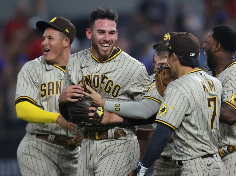 Musgrove throws first no-hitter in Padres history