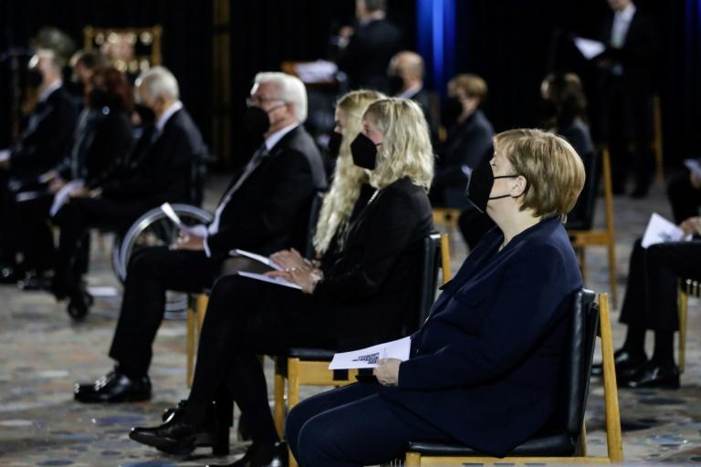 Chancellor Angela Merkel and President Frank-Walter Steinmeier joined an ecumenical service in the morning at Berlin's Kaiser Wilhelm Memorial Church