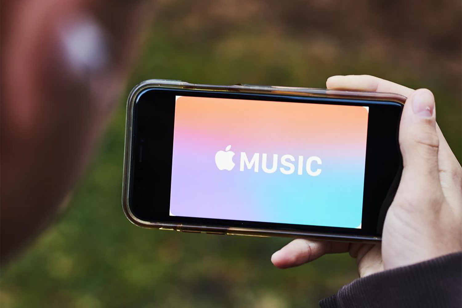 Apple Music Reveals How Much It Pays When You Stream a Song