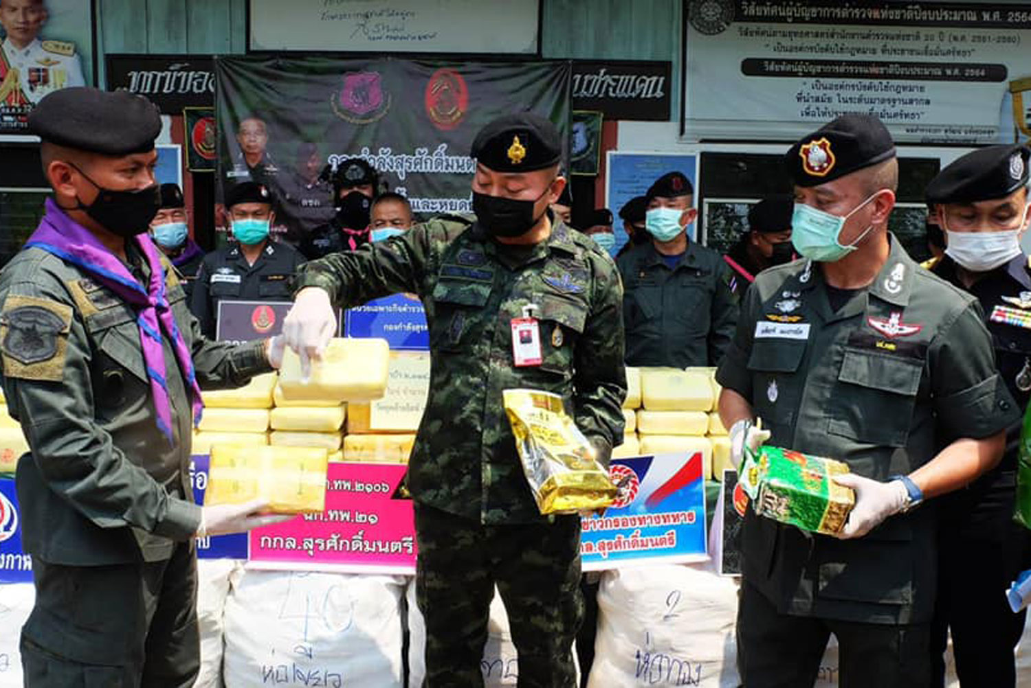 Man arrested collecting big drug delivery on Mekong River bank