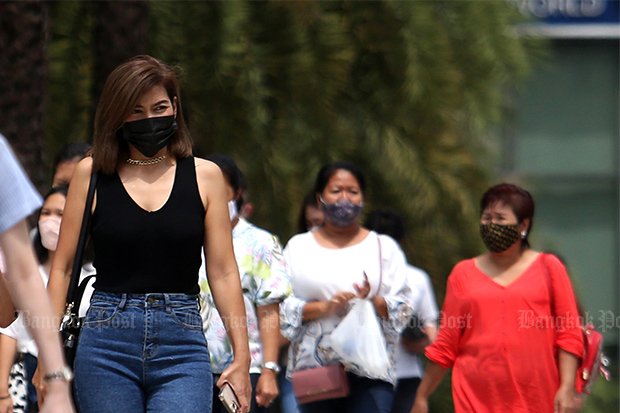 All people in Bangkok are required to wear a mask every time they leave home from Monday. (Photo by Wichan Charoenkiatpakul)