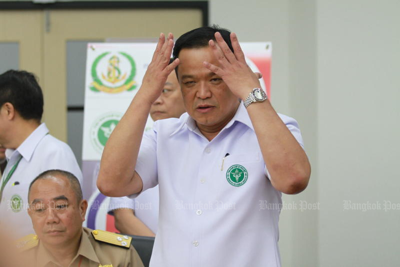 Public Health Minister Anutin Charnvirakul is facing down calls to resign. (Bangkok Post photo)