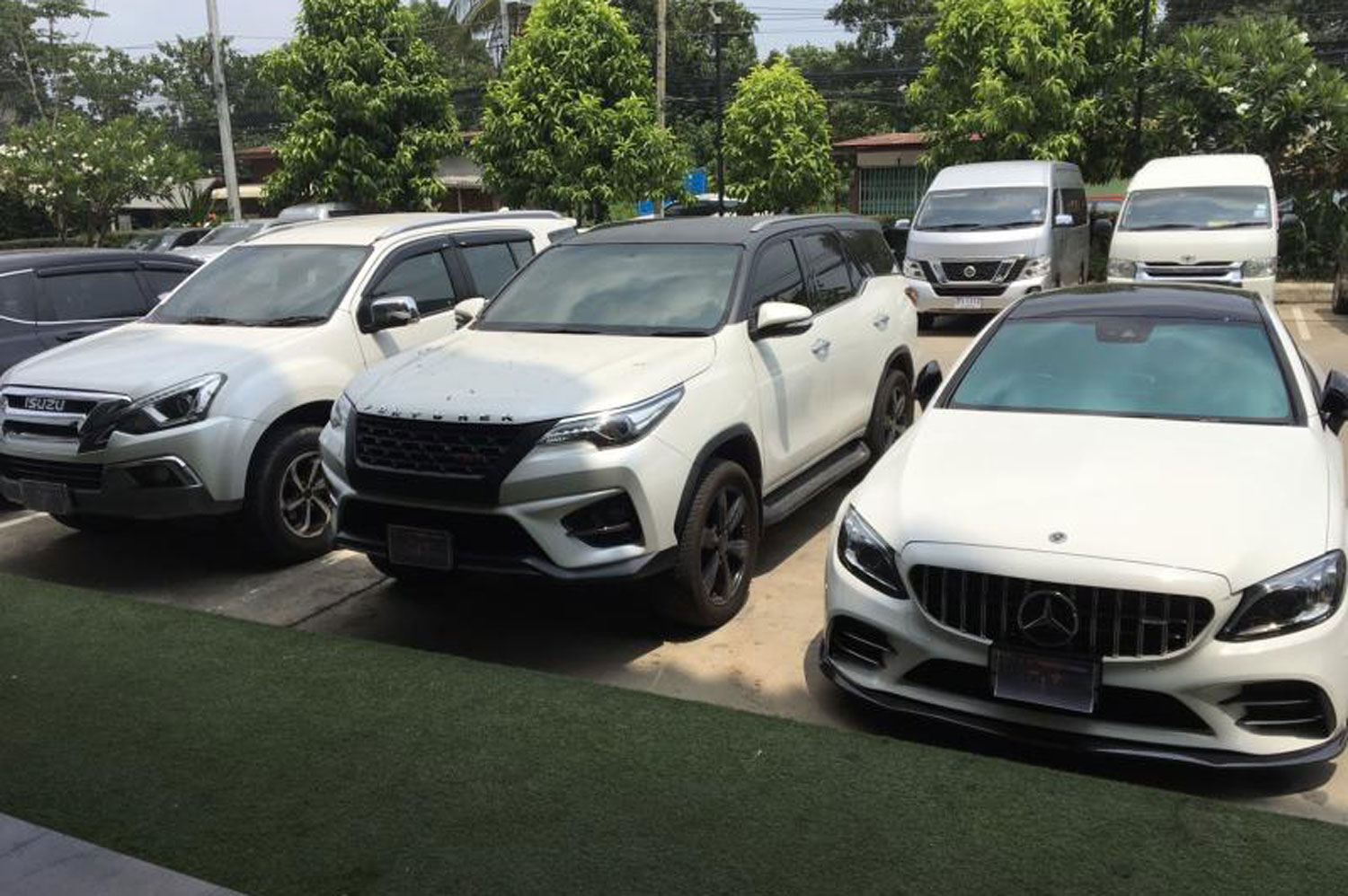 Cars and other assets are seized from three major drug networks in three northern provinces. (Photo: Chinnawat Singha)