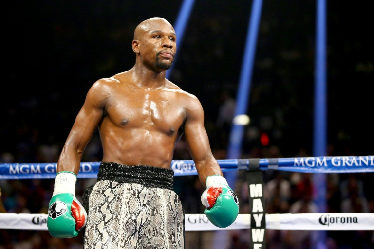 Floyd Mayweather says he will meet Youtube personality Logan Paul in the ring in Miami on June 6.