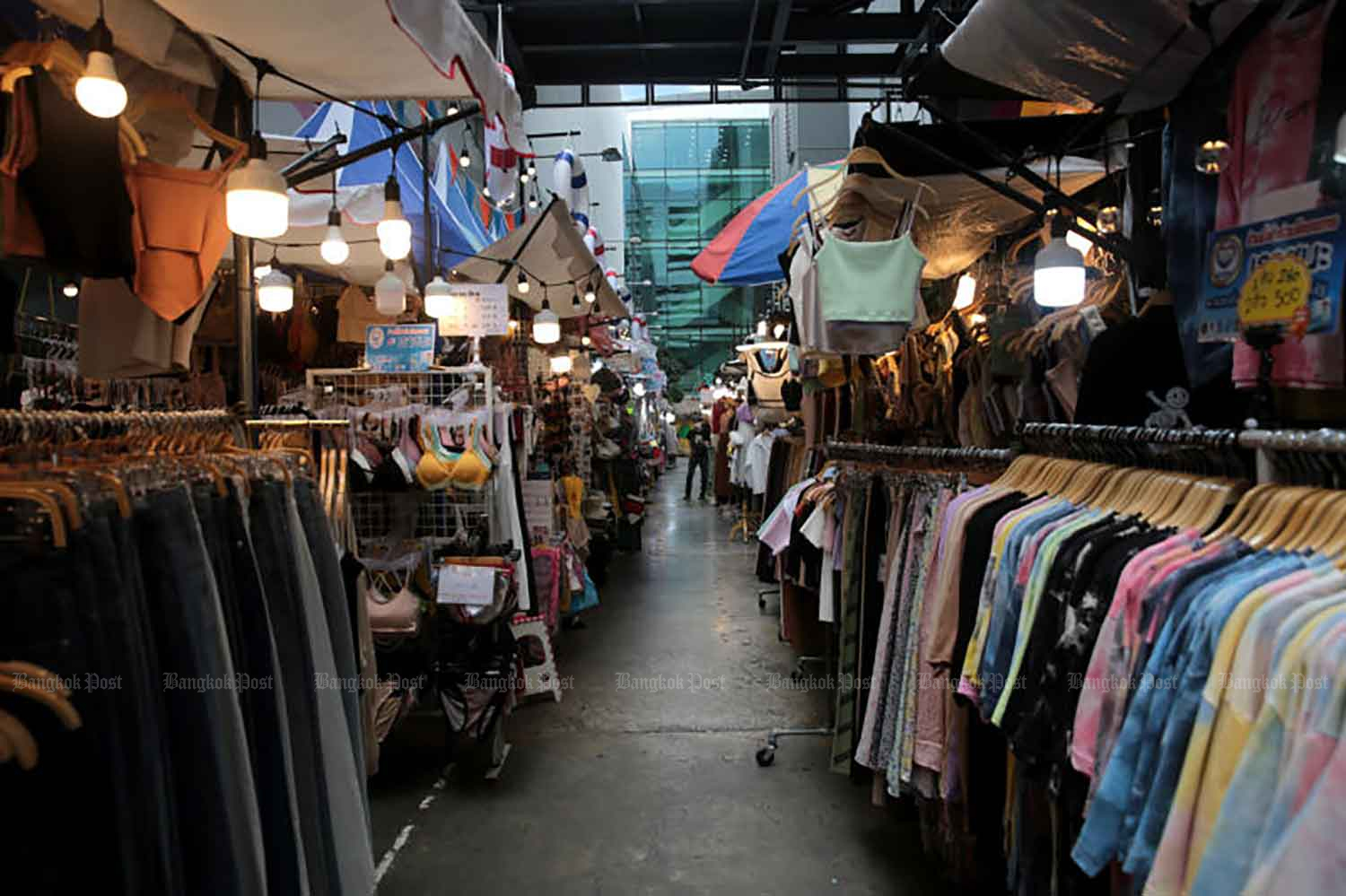 Shopping area in Bangkok's Pathumwan district is almost deserted last month as many shoppers choose to stay away from public places amid the third wave of Covid-19, which has dealt yet another blow to retailers still struggling as a result of previous outbreaks. (Photo by Chanat Katanyu)