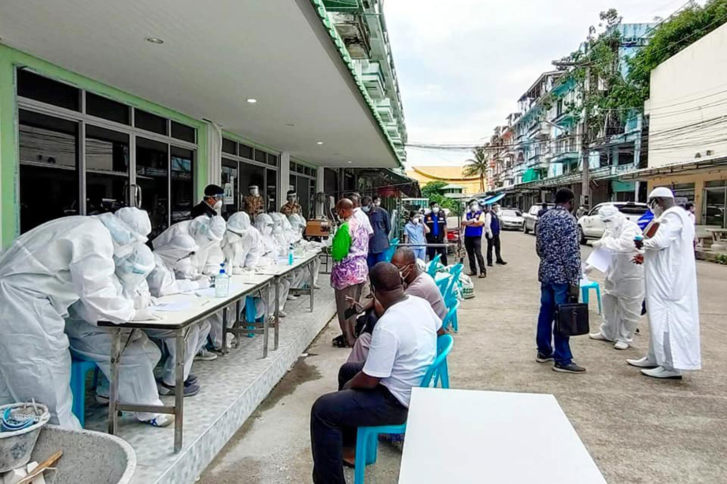 Chanthaburi gems market closed as 52 Africans get Covid