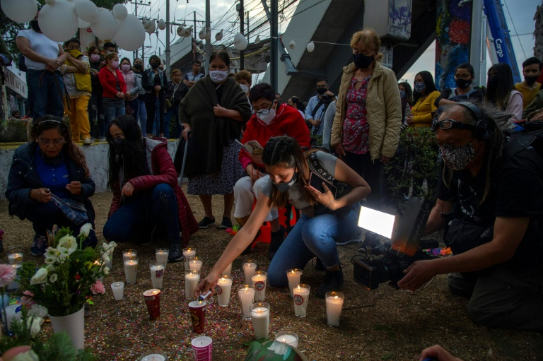 Protesters demand justice for Mexico metro crash victims