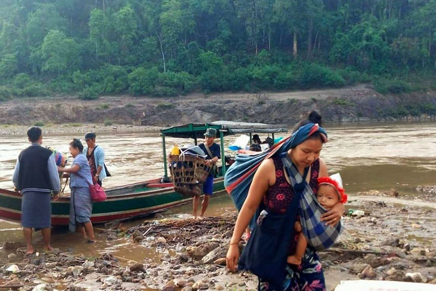 A humanitarian crisis by the Salween River