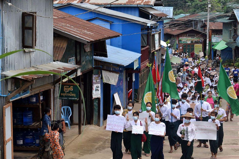 Myanmar school reopening order resisted