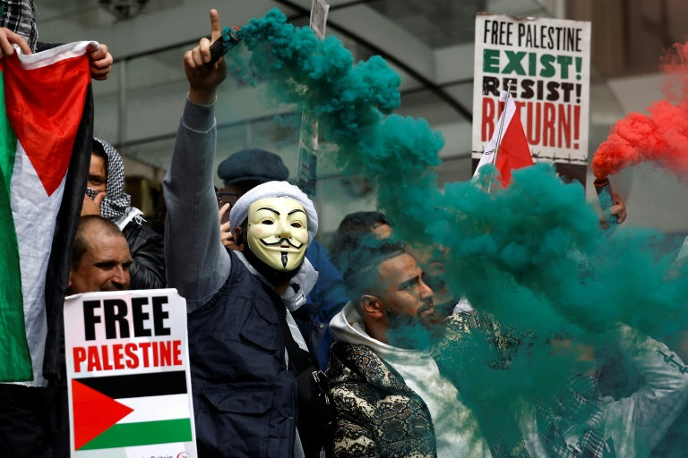 Thousands rally across Europe to back Palestinians