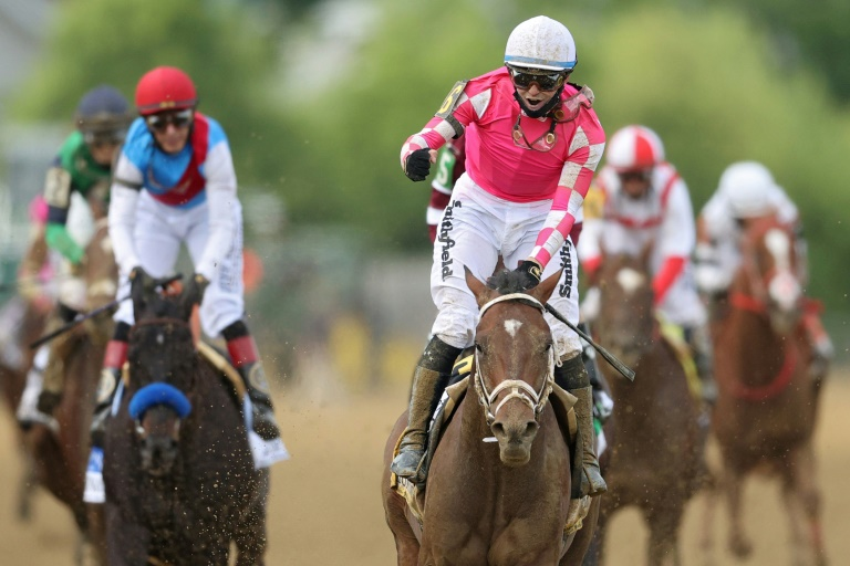 Rombauer roars to upset win in 146th Preakness Stakes