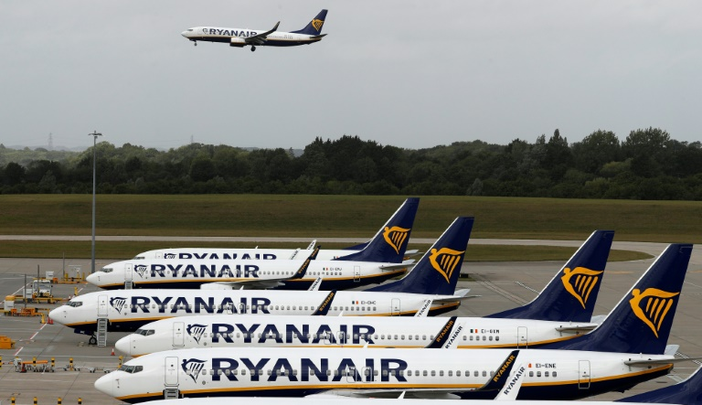 Virus sends Ryanair into 1.0 bn-euro annual loss