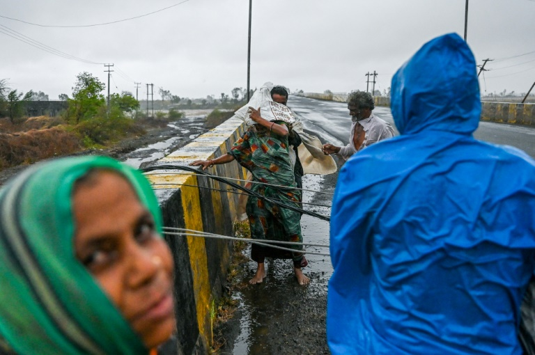 Monster cyclone batters Covid-stricken India's west coast