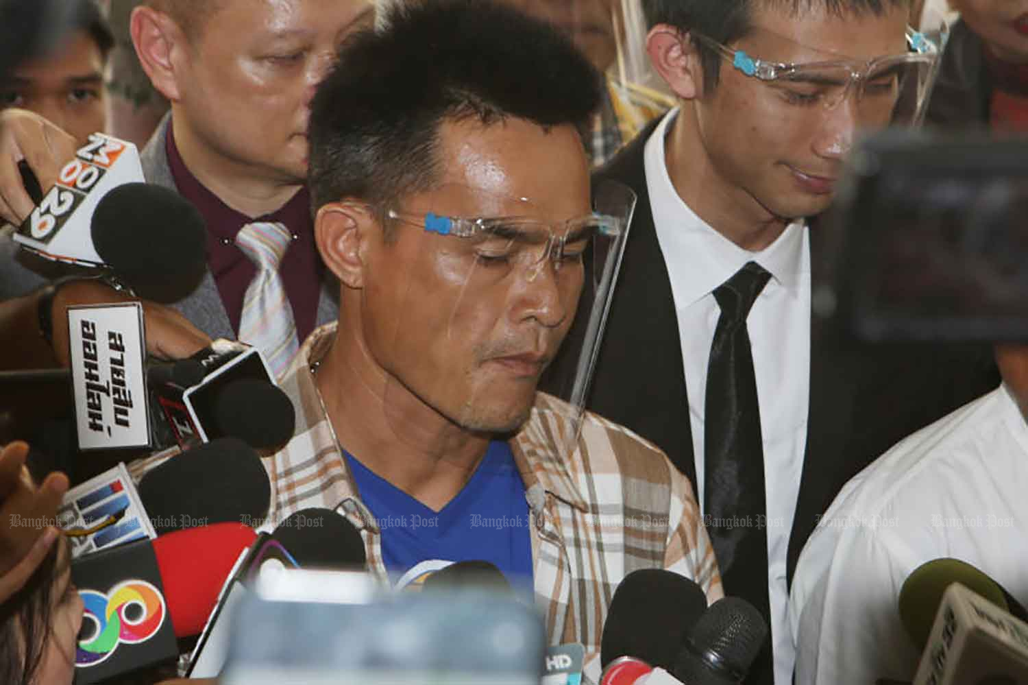 Chaiphol Wipha, 44, arrives at the Royal Thai Police Office in Bangkok on Oct 2, 2020, to hear a press conference on investigation progress in the death of Nong Chompoo. (Photo: Apichit Jinakul)