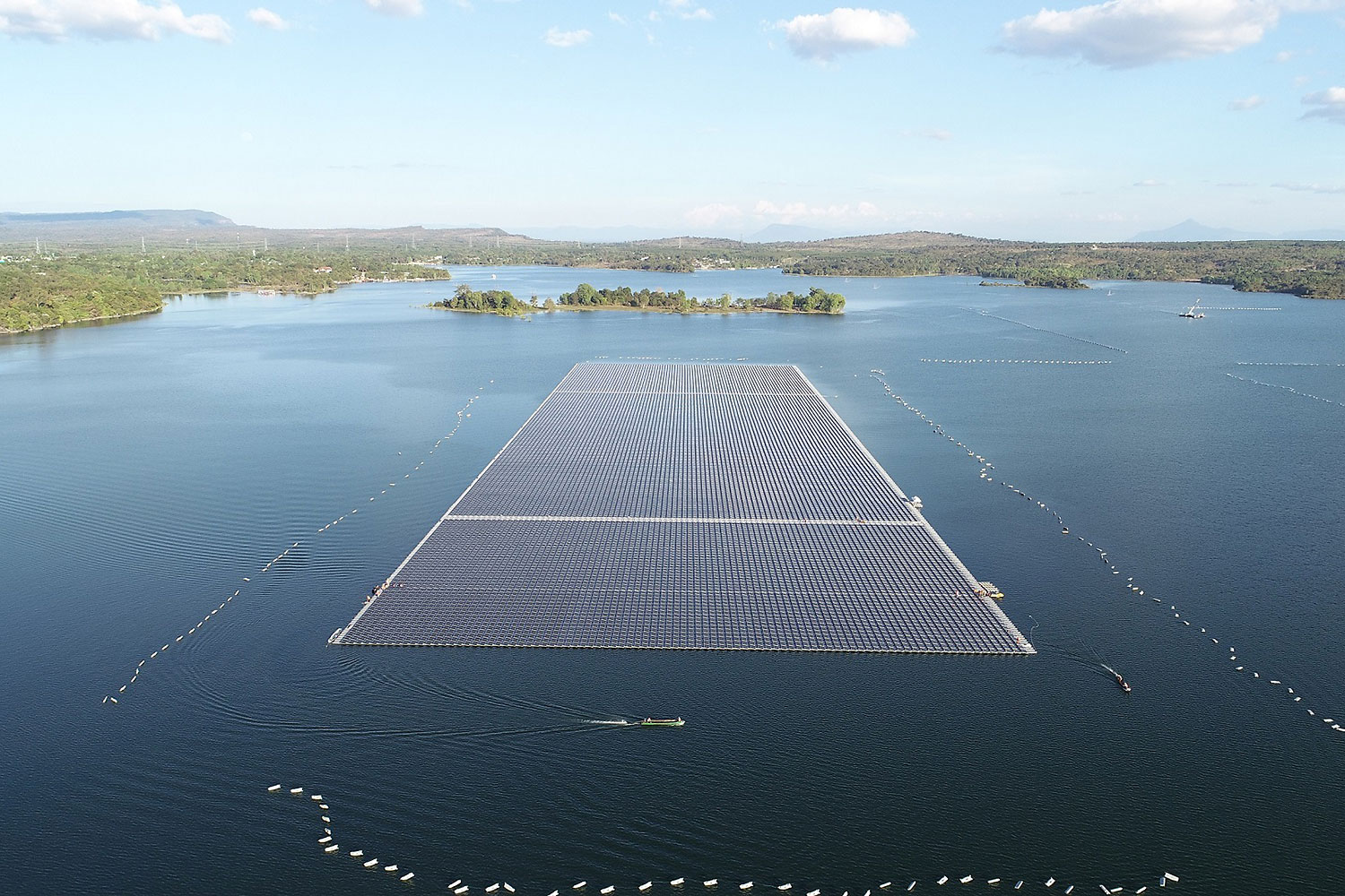 Scheduled to be completed this month, the 45-megawatt floating solar power installation in the Sirindhorn Dam reservoir in Ubon Ratchathani will be the world's largest of its kind, according to the Electricity Generating Authority of Thailand. (Photo: Egat)