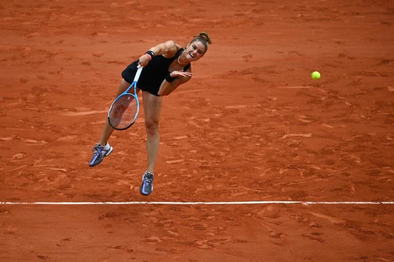 Maria Sakkari dumped out defending French Open champion Iga Swiatek in the quarter-finals.