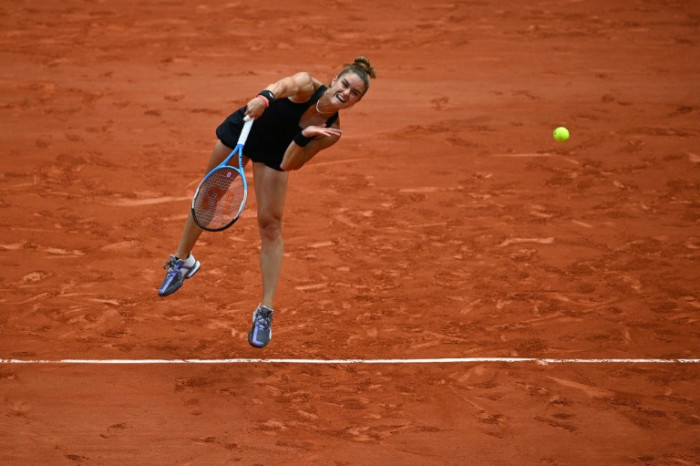 Perfect strangers as first-time quartet contest French Open semi-finals