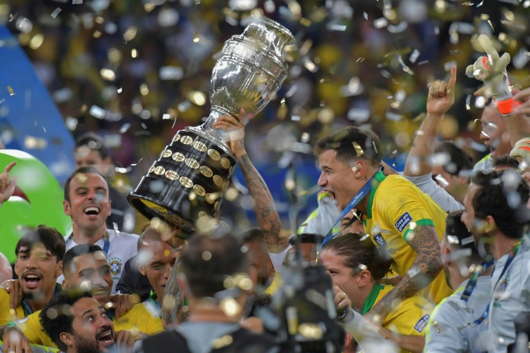 Brazil's national team celebrates after winning the Copa America against Peru on July 7, 2019 in Rio de Janeiro.