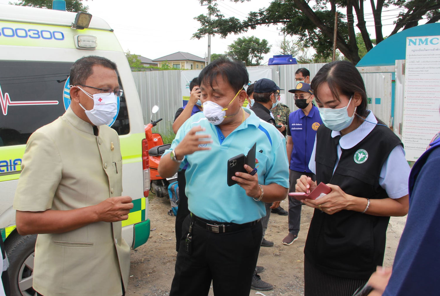 Ayutthaya construction camp with 180 cases sealed off