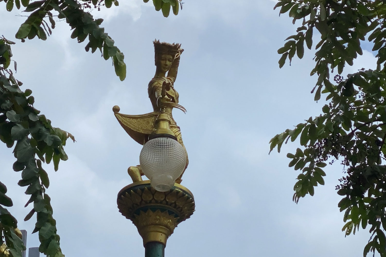 Hat Yai probes 'overpriced' street lamps