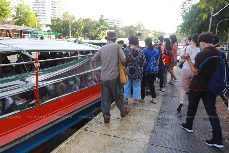 Saen Saep boat service suspended until Sunday