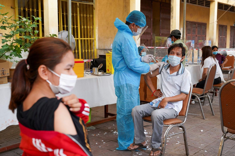 Hun Sen in quarantine, 20 Covid deaths in Cambodia