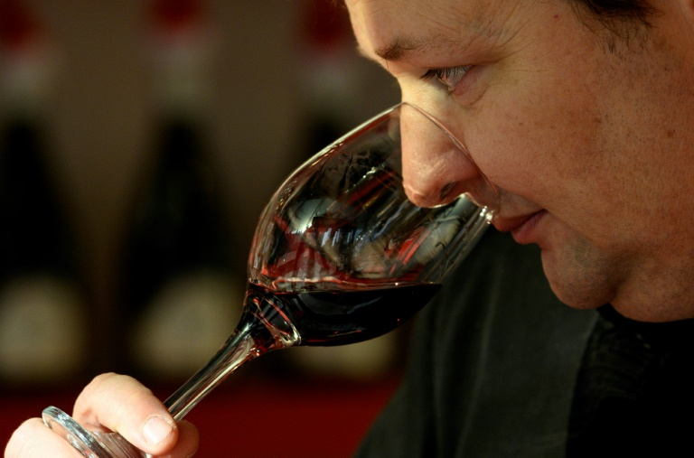 Australia take wine dispute with China to WTO