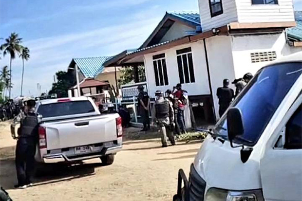 Two insurgent suspects killed, siege continues at Pattani resort