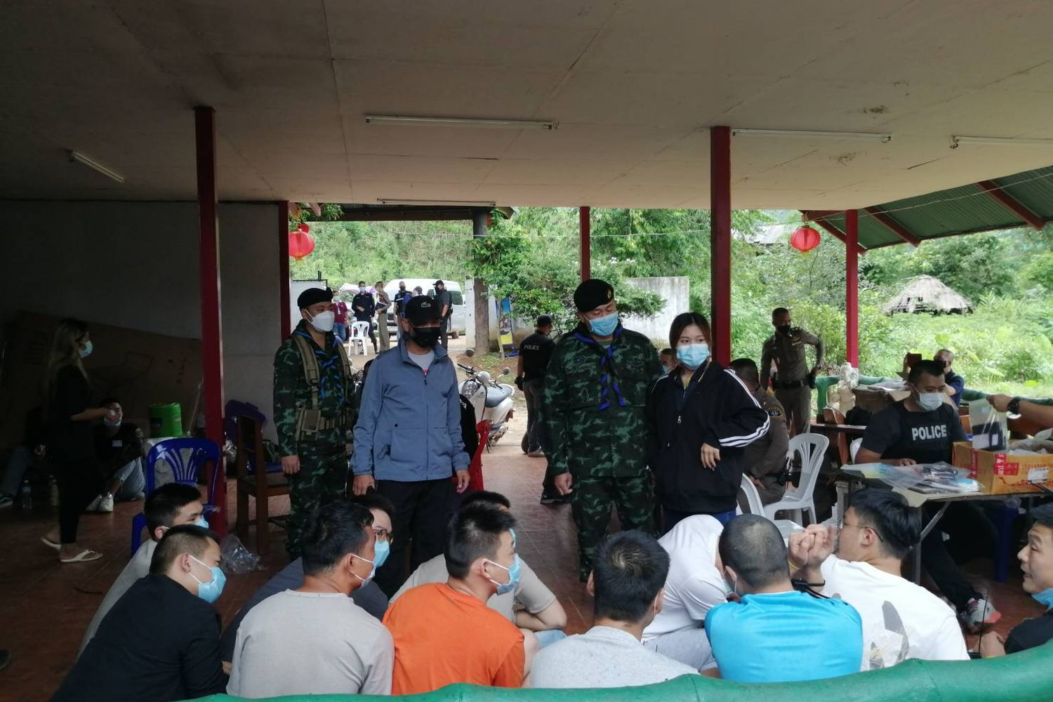 Soldiers raid gambling operation, arrest 53 Chinese