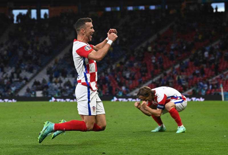 Magic Modric leads Croatia into last 16 as Scotland fail again