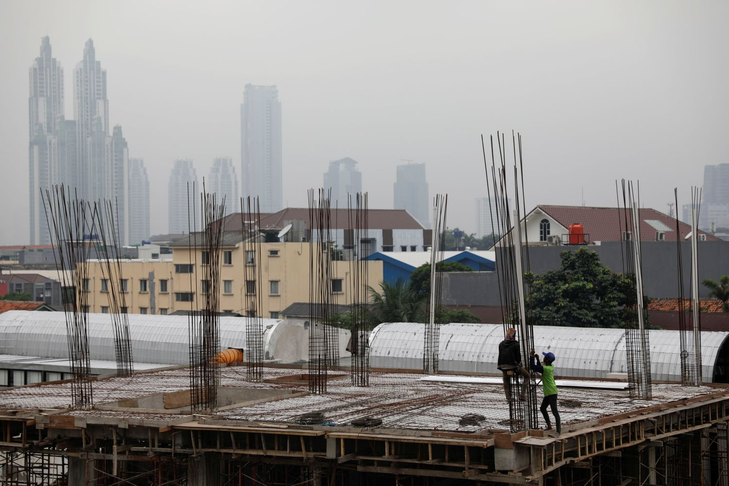 Philippines leaves key rate steady