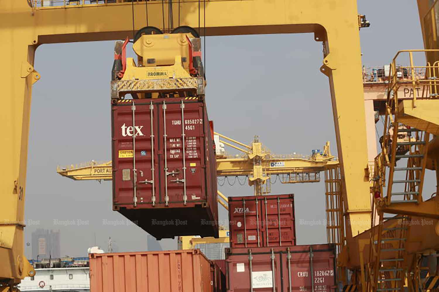 Exports gathering pace