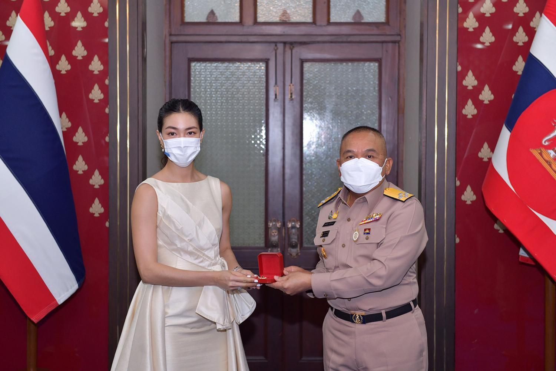 Royal Thai Navy chief Adm Chartchai Sriworakhan and Khemanit