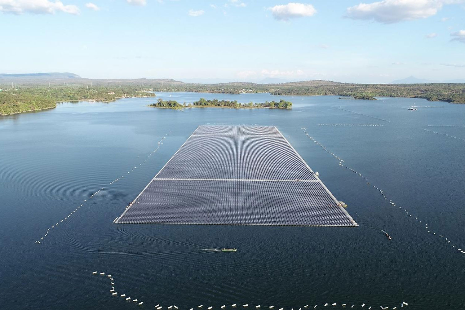 Egat's floating solar farm, with a capacity of 45 megawatts, is on a reservoir at Sirindhorn Dam in Ubon Ratchathani province.