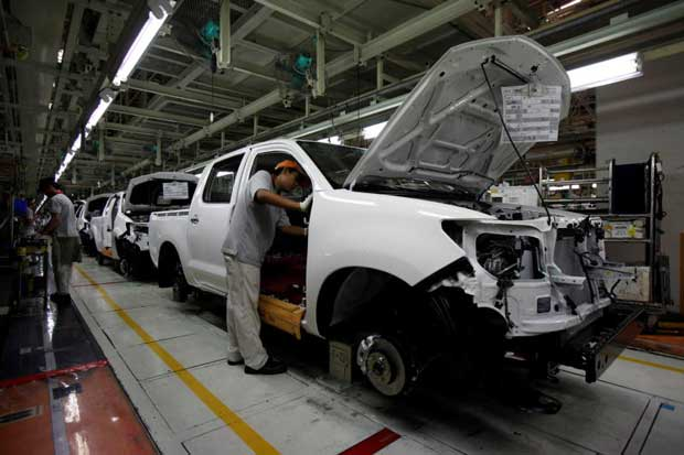 Booming autos exports