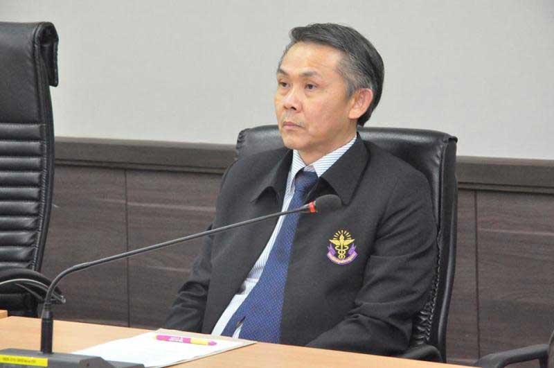 Thongchai Kiratihatthayakon, deputy permanent secretary for public health: