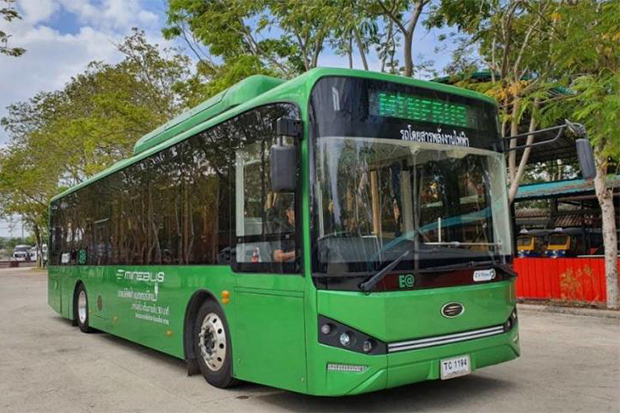 Energy Absolute Plc shows one of the 120 electic buses to be delivered to a bus opertor in Bangkok. (Energy Absolute Plc photo)